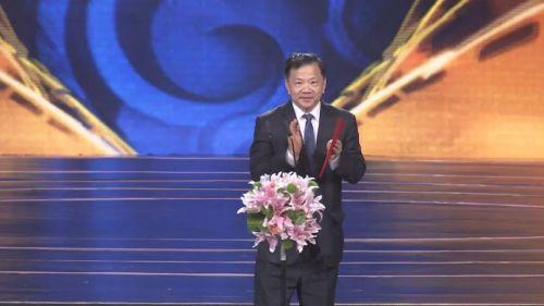 △中宣部副部长、中央广播电视总台台长、第九届北京国际电影节组委会主席慎海雄宣布开幕